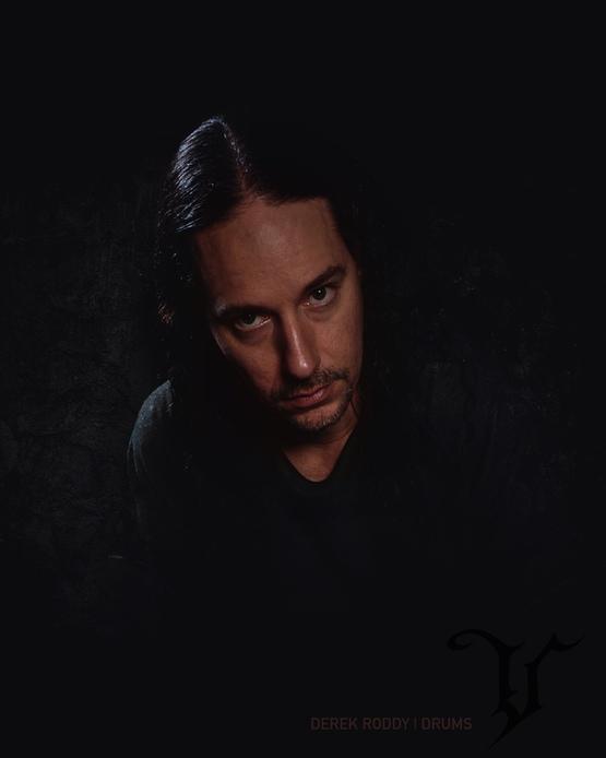 Derek-(1)